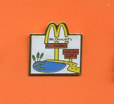 Pins  Mc Donald's  Grigny France    Al138