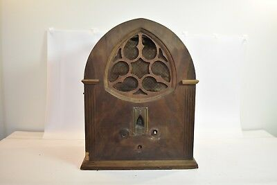 RARE 1931 Little General Tombstone General Motors Radio Model 110MA - Cathedral