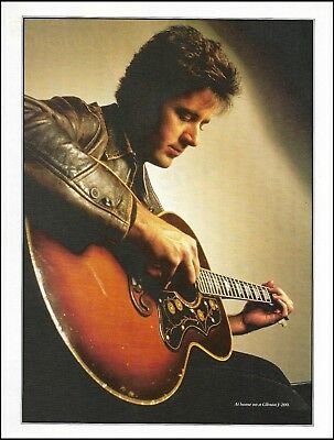Vince Gill at home with his Gibson J-200 acoustic guitar 8 x 11 pinup photo