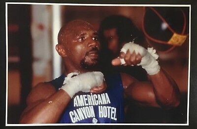 Superb Photograph Of The Legendary 'Marvellous' Marvin Hagler In Training!!