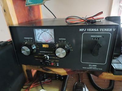 Very Nice MFJ 989D Antenna Tuner  Low hours