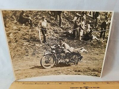 Orig 1930 Motorcycle Race Press Photo England No.17 Learned From Rollie Free NR