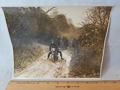 Orig 1930 Motorcycle Race Press Photo England No.25 Slogging Thru Mud NO Reserve
