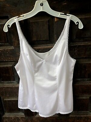 Vintage VANITY FAIR White Camisole Style 17-760 Size 34 Small Nylon Made in USA