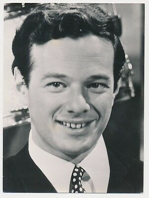 Beatles VINTAGE 1964 UK BLACK AND WHITE PUBLICITY PHOTOGRAPH OF BRIAN EPSTEIN!