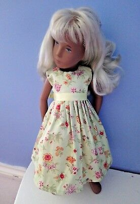 BJB Vintage Sasha dolls clothes, Pale green floral sleeveless dress + ribbon tie