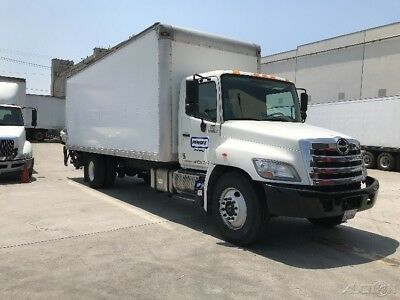 Penske Used Trucks - unit # 658119 - 2013 Hino 268