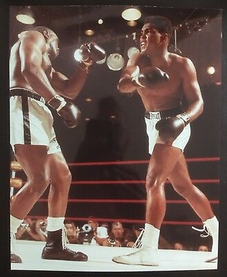 Lovely Photograph Of Muhammad Ali And Sonny Liston In Ferocious Action In 1964!!