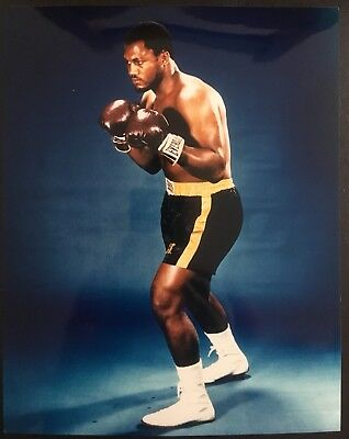 Superb Photograph Of The Great Heavyweight Champion Joe Frazier In Pose!!