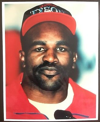 Lovely Portrait Photograph Of Legendary Heavyweight Champion Evander Holyfield!!