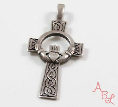 Sterling Silver Vintage 925 Etched Cross Claddagh Pendant (4.8g) - 734633