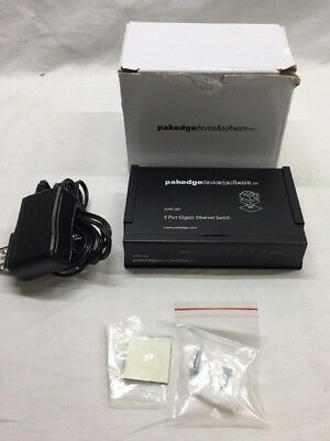 Pakedge Device & Software  (SW5-GW) 5-Ports Switch NIB  opened box