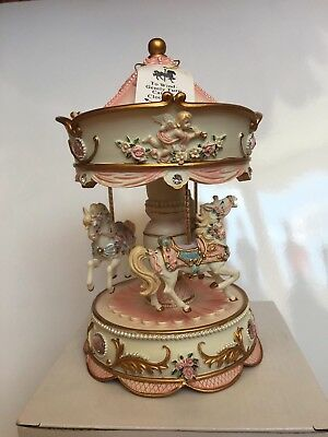 CAROUSELS OF DISTINCTION Musical Carousel Rrp £54.99