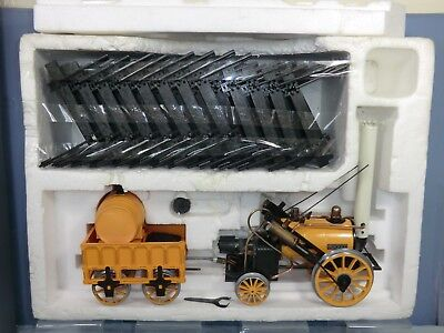 "HORNBY ""STEPHENSON'S ROCKET"" MODEL  No.G100 ""STEPHENSON'S ROCKET""  VN  MIB"