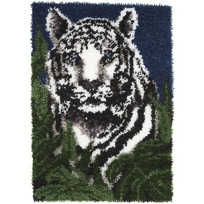 Latch Hook Kit 24x34 White Tige - Tiger Rug Canvas