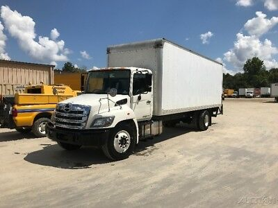 Penske Used Trucks - unit # 679162 - 2014 Hino 268