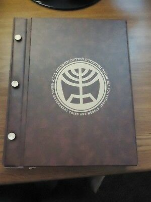 ISRAEL/JUDAICA 59 mm COINS/MEDALS ALBUM. 6 PAGES W/8 POCKETS FOR MEDALS