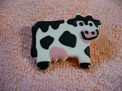 Uy- Black & White Cow Pin Back  #46174
