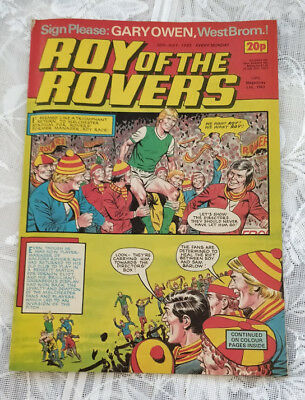 Roy of the Rovers Vintage Comic. 30th July 1983. Centre page Gary Owen.