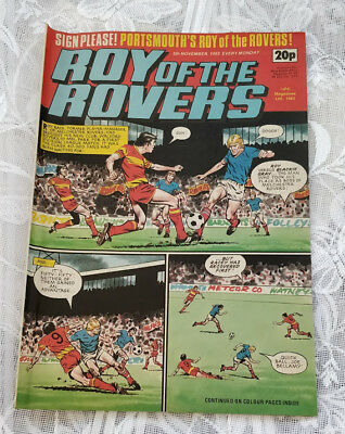 Roy of the Rovers Vintage Comic. 5th November,1983. Centre page Alan Biley.