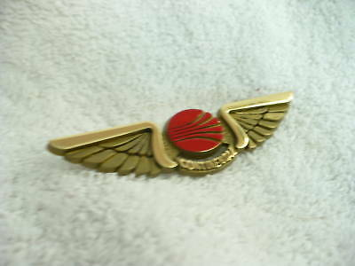 Bm- Vintage Continental  Airlines  Wings Pin Back Pin