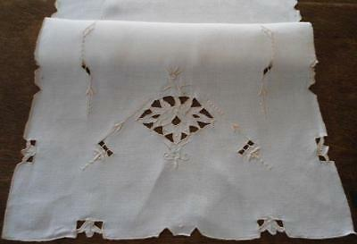 """Vintage Linen Table Runner Taupe Italian Cutwork Embroidery 34"""""""