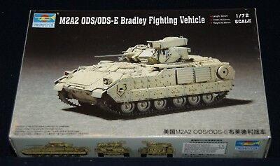 Trumpeter 07297- M2A2 ODS/ODS Bradley Fighting Vehicle, 1:72
