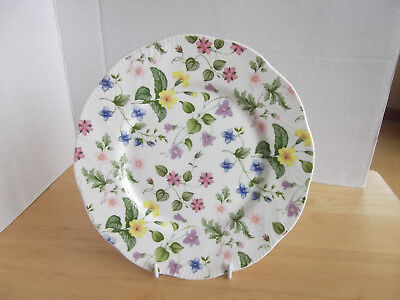 QUEENS COUNTRY MEADOW 21cms SIDE PLATE
