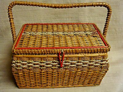 VINTAGE WOVEN SEWING BASKET w/CUSTOM WOOD TRAY & WISS SCISSORS