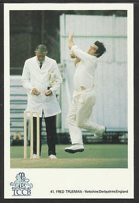 FRED TRUEMAN -- YORKSHIRE/DERBYSHIRE/ENGLAND. OFFICIAL TCCB  POSTCARD No. 41.