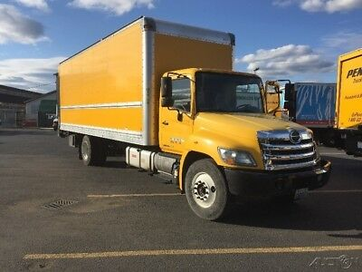 Penske Used Trucks - unit # 613131 - 2012 Hino 268