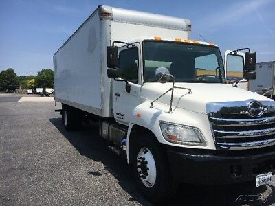 Penske Used Trucks - unit # 630125 - 2012 Hino 268