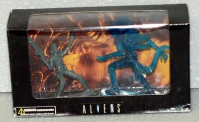 Aliens Tree House Kids Figures-Alpone & Alien
