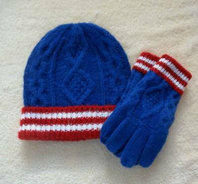 58b67166a86 Boy s Sz M Mini Boden Hat and Gloves NEW Blue Red 9 10 12 Girls