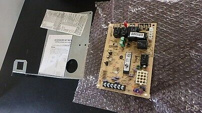 NEW S1-33109167000 - OEM York Furnace Control Circuit Board FL451