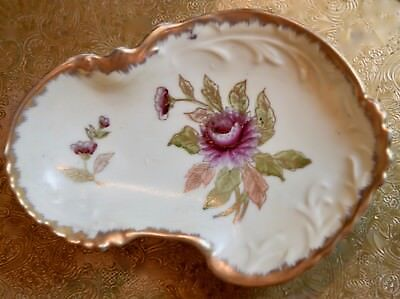 """BEAUTIFUL VINTAGE HAND PAINTED FLORAL PEONY GOLD GILT  DRESSER PIN DISH 7""""x 5.5"""