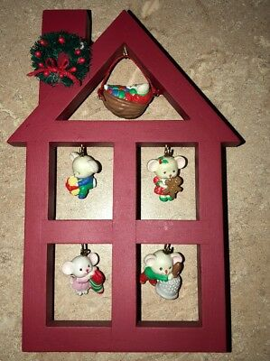 AVON - A Merry Little Christmas Display Stand with 5 Mice Ornaments