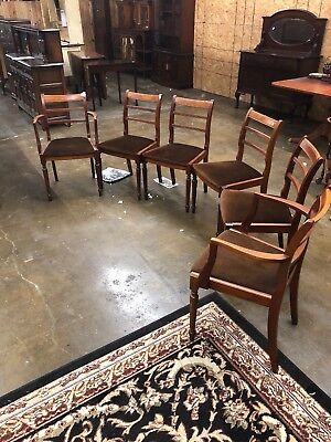 super set of 6 mahogany chairs in great shape it includes 2 arm chairs