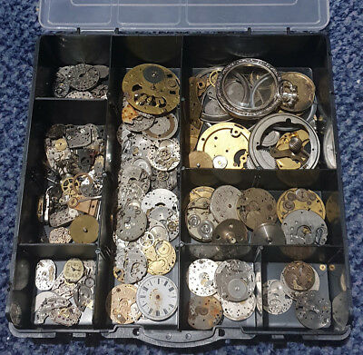Huge job lot of hundreds vintage mechanical movements,parts for spares or repair