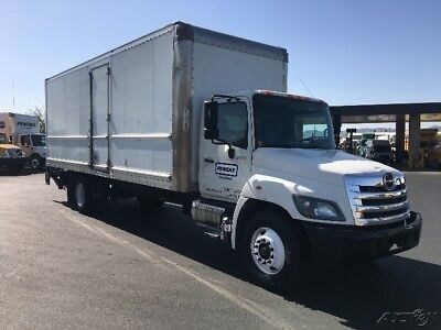 Penske Used Trucks - unit # 676380 - 2014 Hino 268