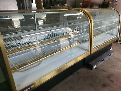 "Federal Cg6050Sc-2 59"" Curved Glass Refrigerated Display Case & 59"" Dry Display"