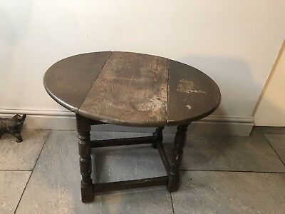 Small Oval Oak Drop Leaf Occasional Side Table