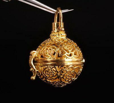 Gold Plating Pendant Ball Incense Burner Hollow-Out Decoration Advanced