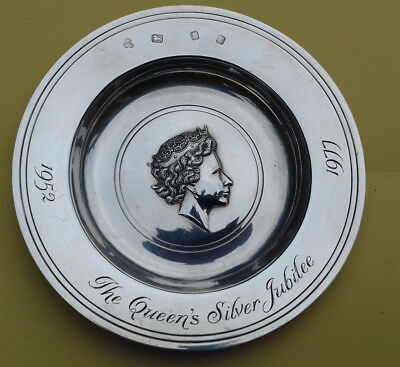 Collectable The Queen's Silver Jubilee Solid Silver Dish/bowl 149.6 Grams Marks