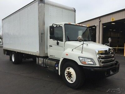 Penske Used Trucks - unit # 591332 - 2012 Hino 268