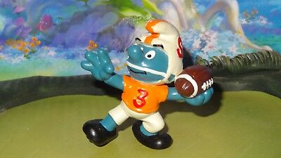 Smurfs Quarterback Football Smurf Vintage Rare Classic Display Figurine
