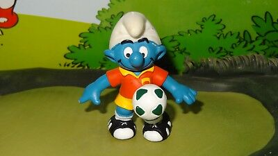 Smurfs Playmaker Smurf Sports Soccer Series 20527 Rare Vintage Display Figure