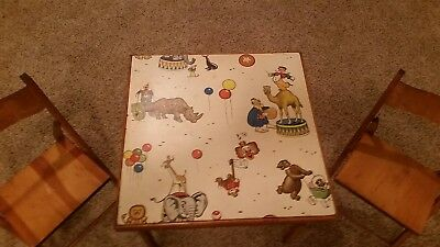 Vintage Children's Table and Chairs   Circus Theme