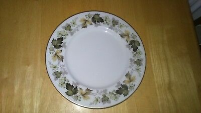 Lovely Vintage Royal Doulton Larchmont China Dinner Plate