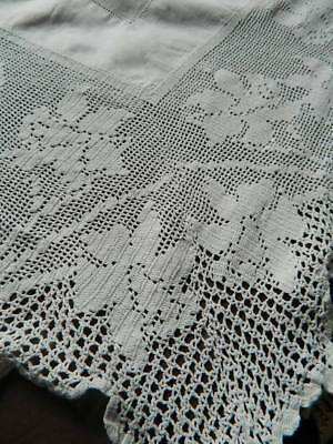 Antique white Irish linen tablecloth with deep crochet lace - Daffodils.